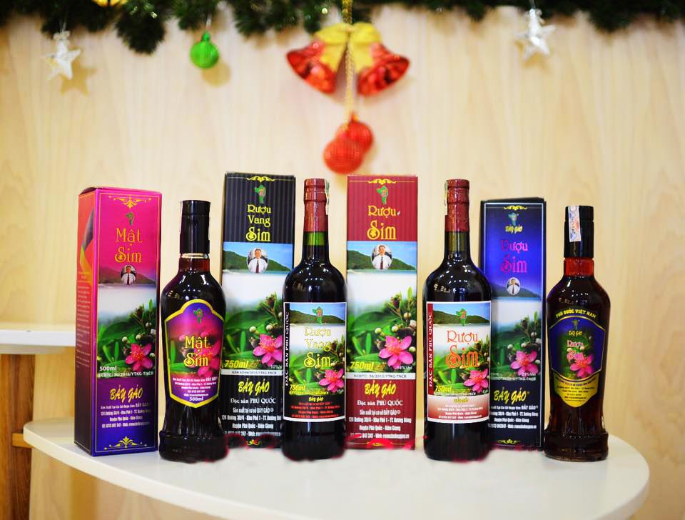Các loại Rượu Sim Bảy Gáo Phú Quốc